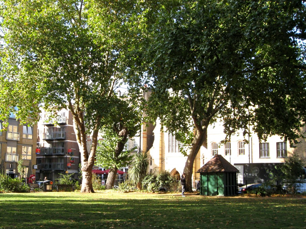 LONDON:  HOXTON SQUARE